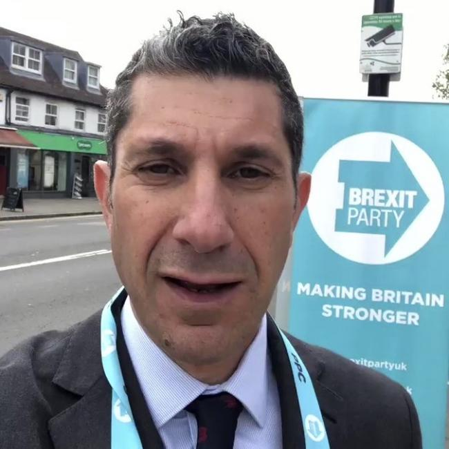 "Epping Forest Brexit MP hopeful Darren Selkus said Nigel Farage's latest decision has left his political campaign ""shattered"""