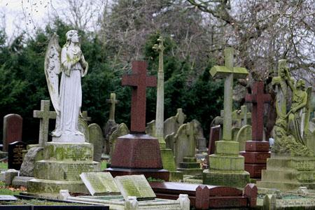 This Is Local London: The City of London Cemetary