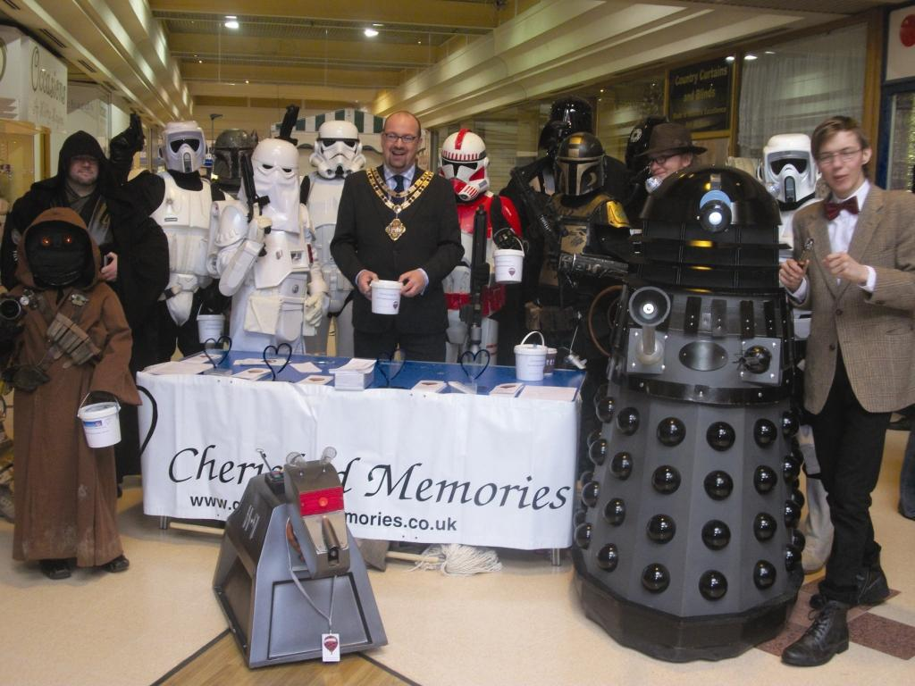 Mayor of Dartford raises money with sci-fi characters