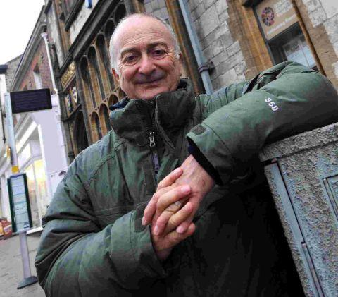 This Is Local London: Tony Robinson to visit Clapham Manor