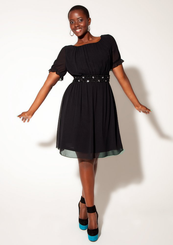 Philomena Kwao Crowned Britain's First Black Plus-Size Model