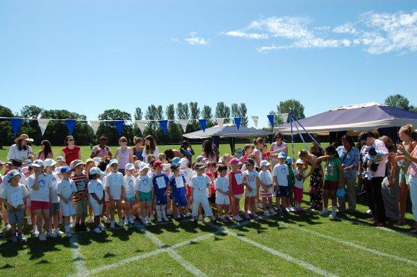 Bromley children invited to run in third Little Legs for Life event for Cancer Research UK