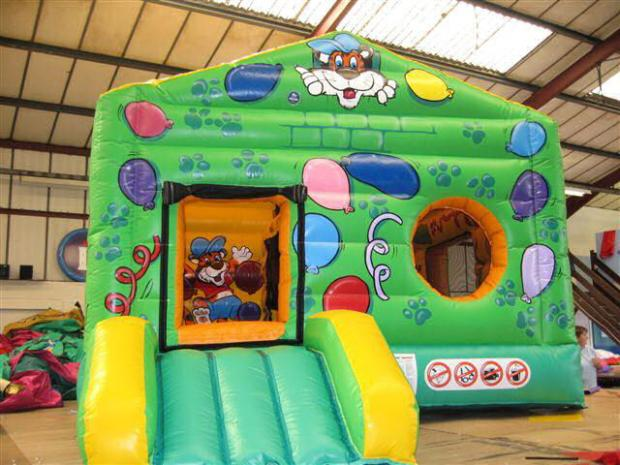 Bouncy castles stolen from Crayford lock-up
