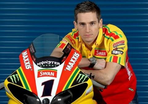 British Superbike champion Tommy Hill appeals for family dog stolen in Croydon