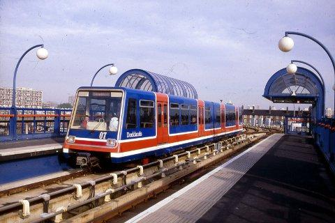 Back to the 80s - the DLR on opening day