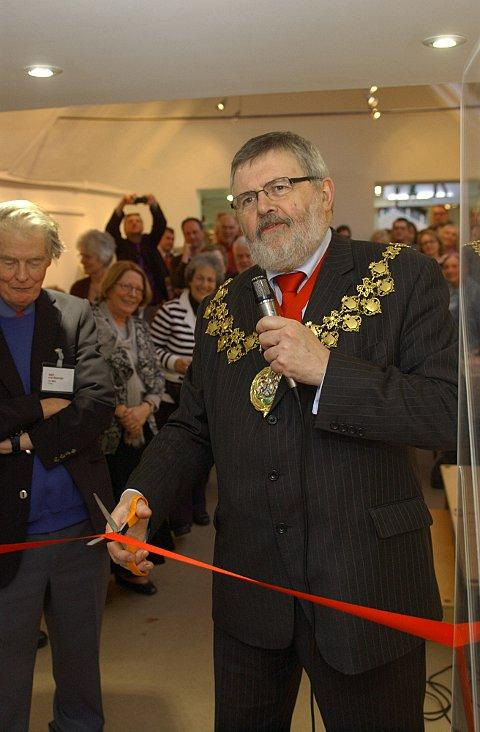 Mayor of Lewisham Sir Steve Bullock cuts the ribbon for Age Exchange in Blackheath's new community building