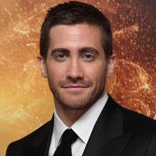 Jake Gyllenhaal plays a cop in End Of Watch