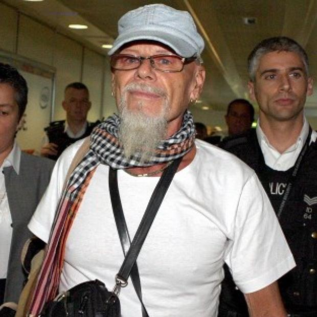Gary Glitter has been re-bailed by police investigating the Jimmy Saville sex abuse scandal