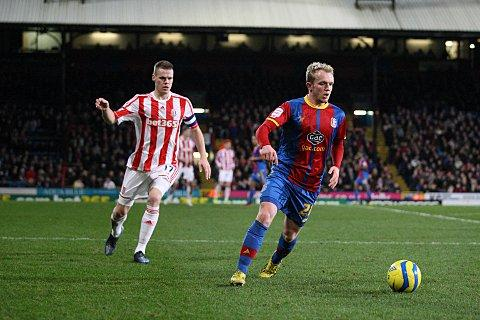 This Is Local London: High praise: On his return from injury, Jonny Williams caught Holloway's eye   SP72883