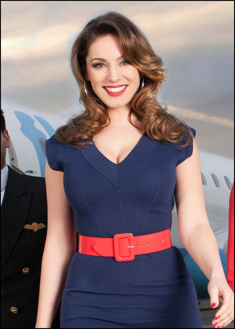 Kelly Brook is the celebrity who most closely resembles London men's perfect girlfriend