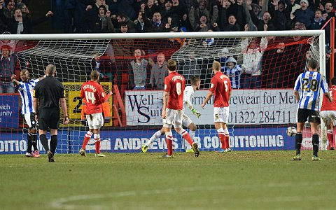 Ben Hamer is beaten by Reda Johnson's equaliser
