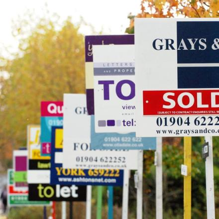 According to the Land Registry, the average price of a house in Sutton is now £266,671.