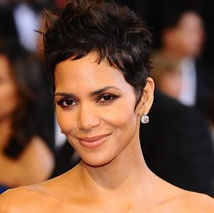 Cloud Atlas, starring Halle Berry, will get its UK premiere in Glasgow on Sunday