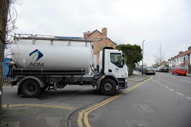 Merton Council urged to act over lorries using side roads on the Earlsfield/Wimbledon Park border
