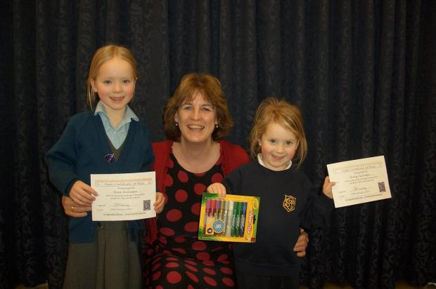 Anna Gillespie, Headteacher Annie Thackray and Daisy Gillespie