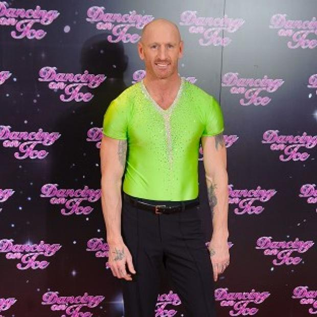 Gareth Thomas has suffered a form of motion sickness from performing flying moves on the ice