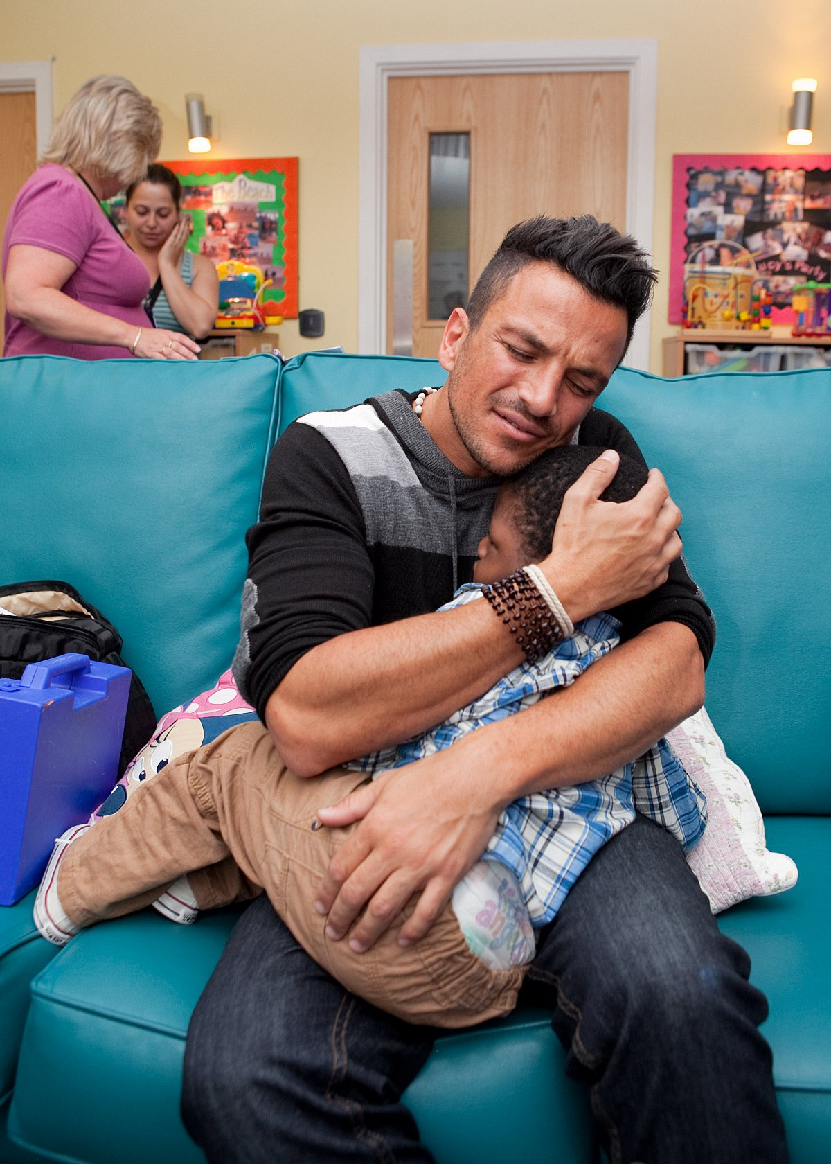 Peter Andre visits Eltham Demelza children's hospice