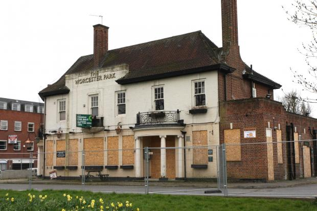 The old Worcester Park Tavern