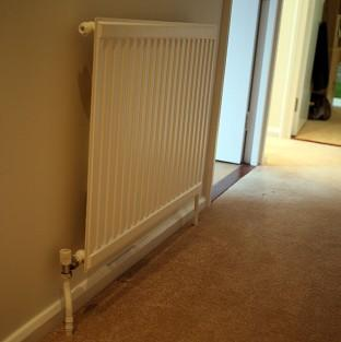 Keeping the heating turned down could help you keep the weight off
