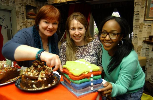 Mum about town with Angellica Bell: Cake baking judging rattled by napping daughter