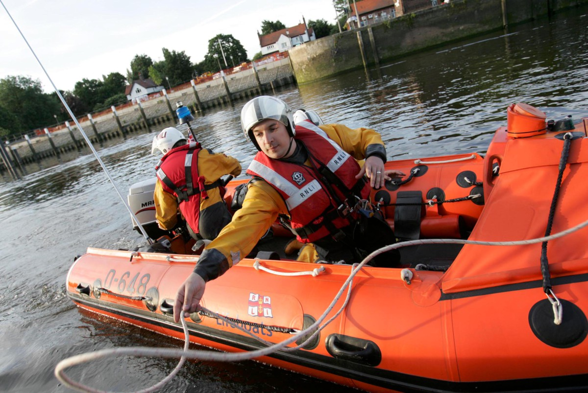Teddington's lifeboat crews keeping people safe on the Thames