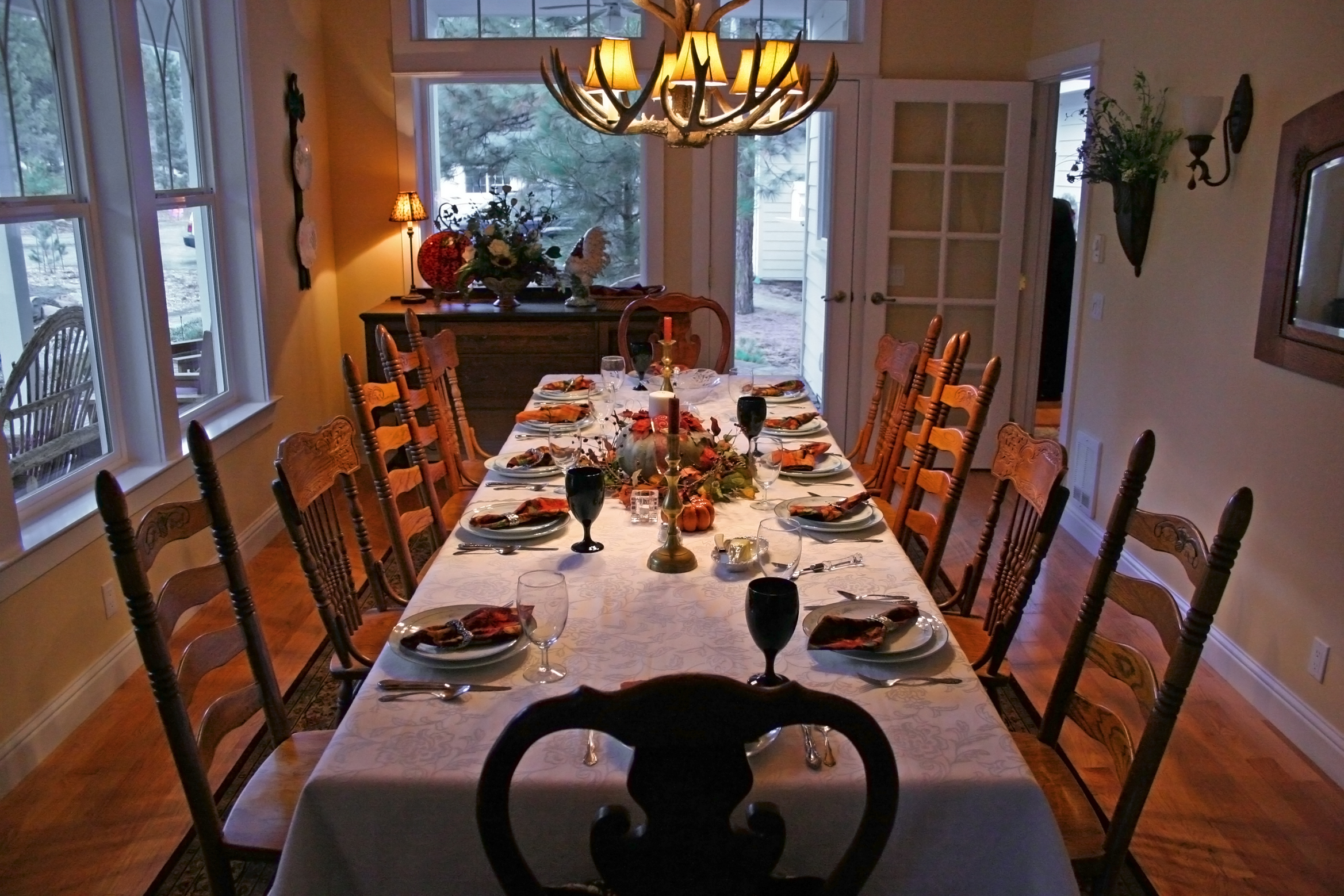 Which guests would you invite to sit around your table if you were holding your fantasy dinner party?