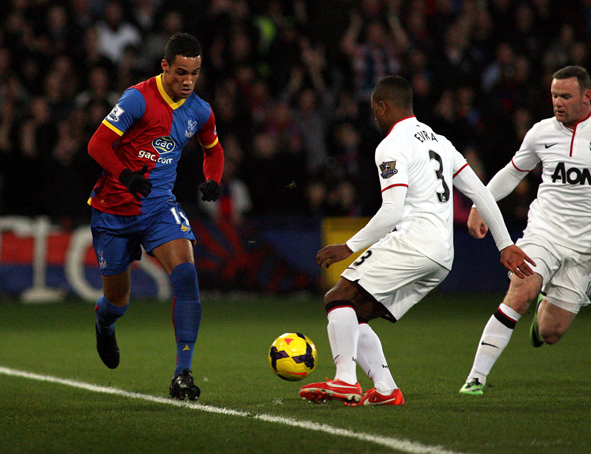 Tom Ince in action for Crystal Palace against Manchester United
