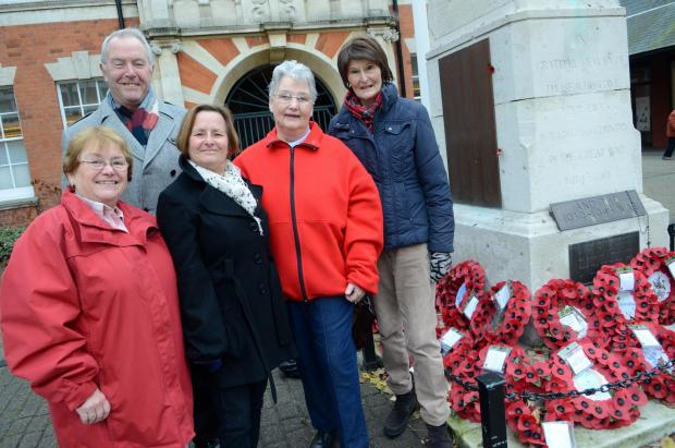 Poppy collectors from the Malden and Coombe branch