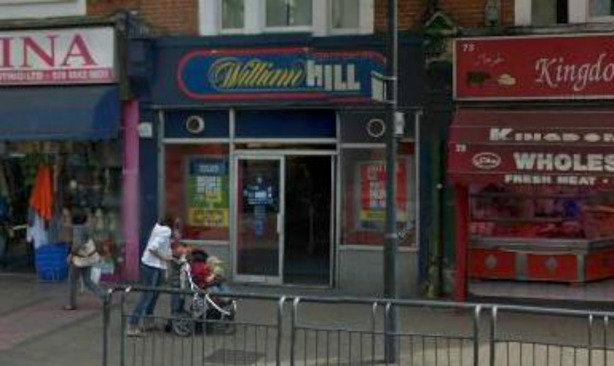 William Hill in Mitcham Road