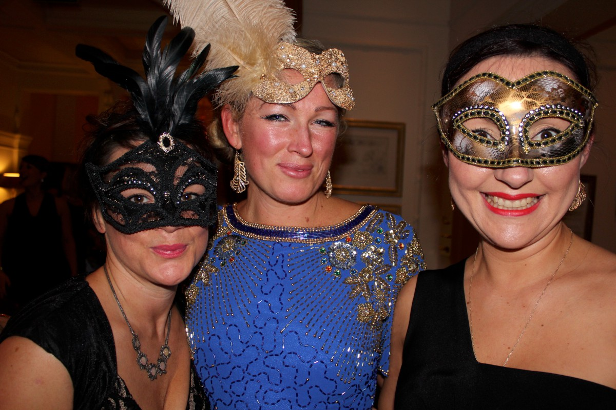 Thousands raised for new equipment at Burhill masquerade ball