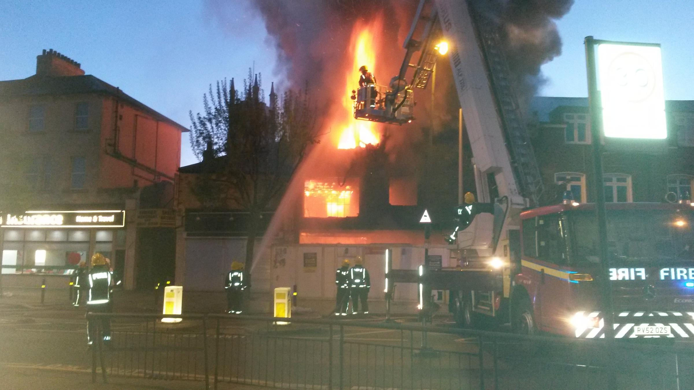 Fire breaks out at Tooting construction site