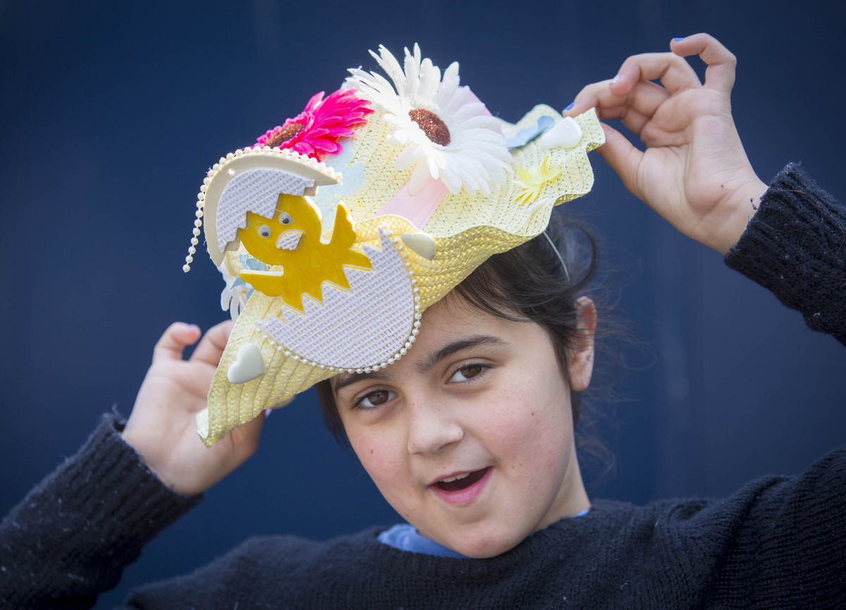 A range of events and activities brought the High Road to life among a colourful array of Easter bonnets and costumes