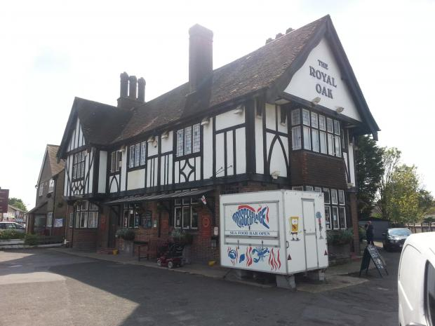 This Is Local London: PubSpy reviews The Royal Oak, Northumberland Heath
