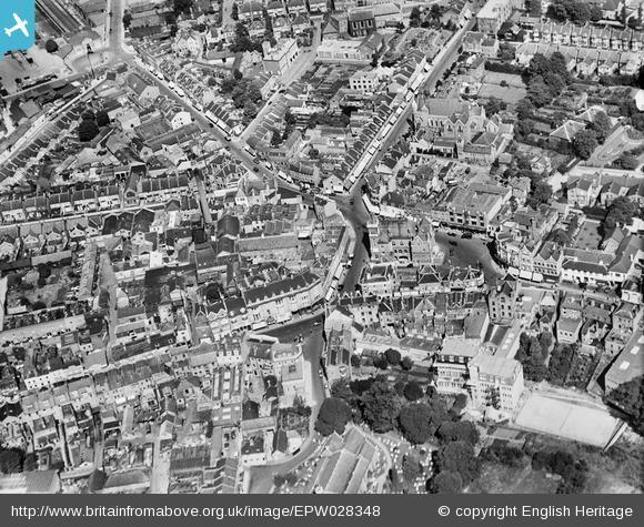 This Is Local London: Town centre, Bromley, 1929. Photo from English Heritage