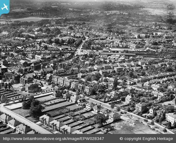 This Is Local London: The town, Bromley, from the east, 1929. Photo from English Heritage