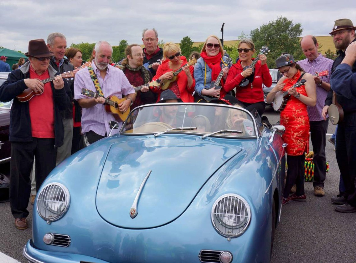 Stunning old motors raise cash for Woking and Sam Beare Hospices