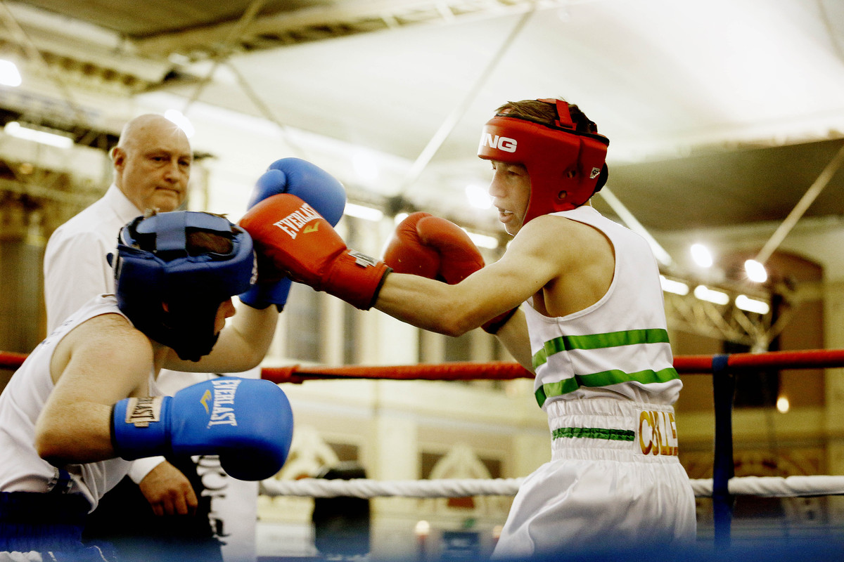 Police hold youth boxing event
