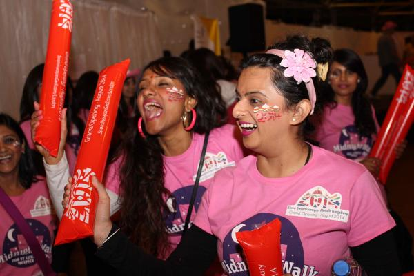 Midnight Walkers turn the night pink for hospice