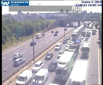 Two lanes closed on anticlockwise M25 between Dartford and Swanscombe