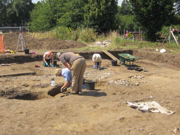 Suspected Roman ritual pit found in archaeological dig