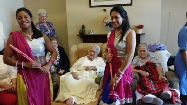 Bollywood dancers turn up at woman's surprise party