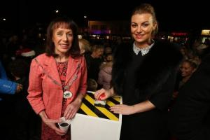 Hundreds gather for Christmas lights switch-on