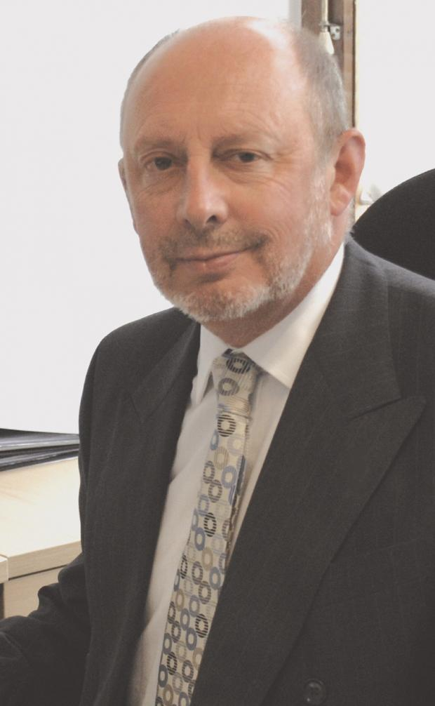 Ex-Gravesham Council leader Mike Snelling has died at Darent Valley Hospital