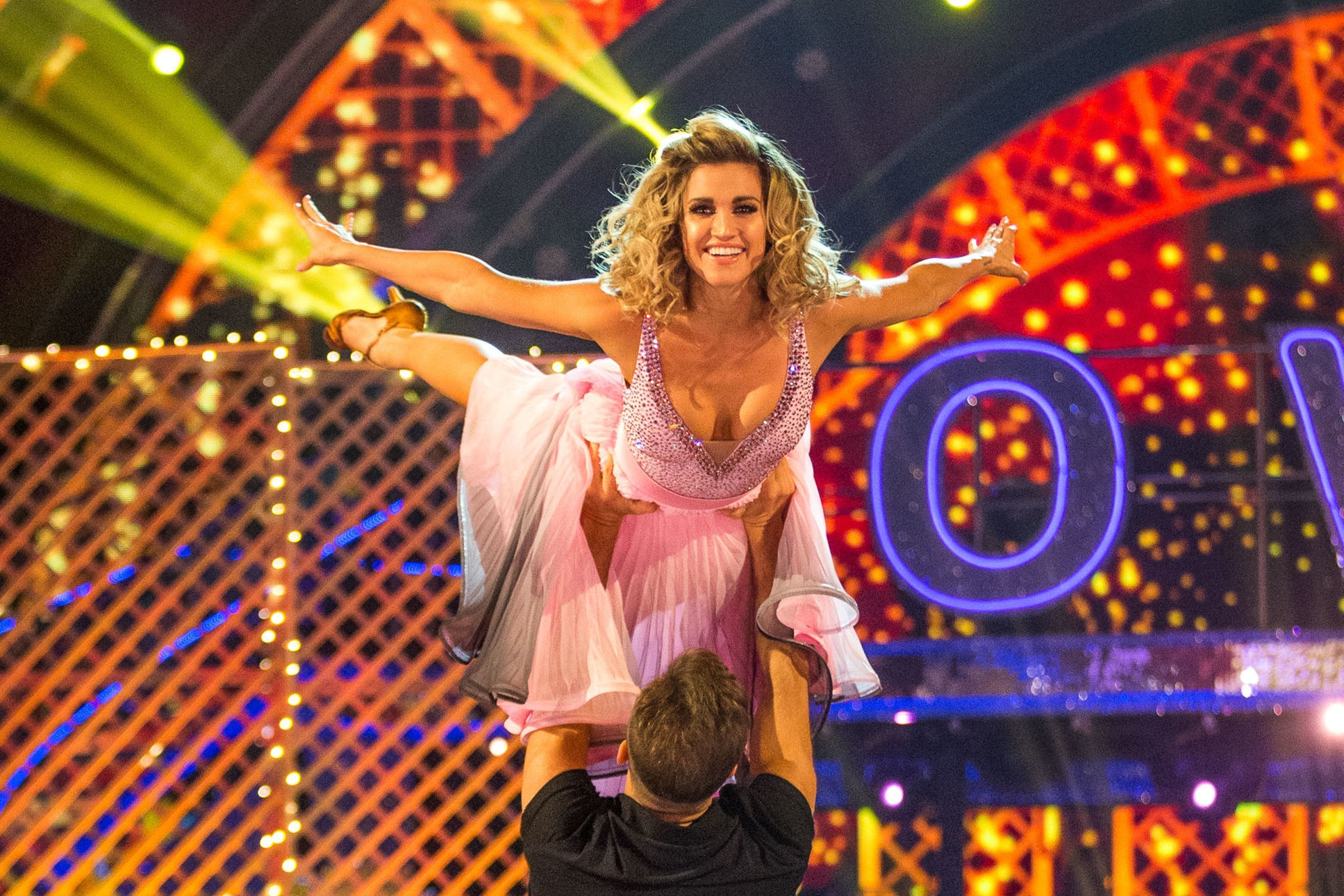 Ashley Roberts in the famous Dirty Dancing lift